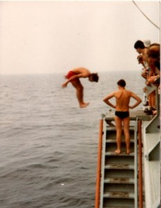 Inward Dive